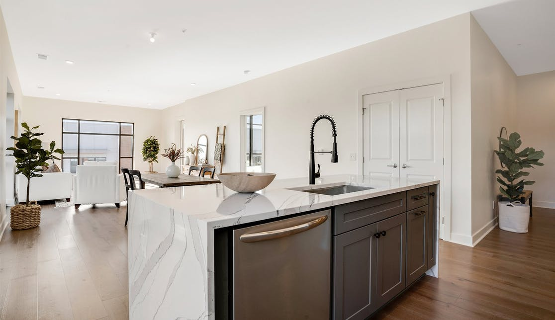 Unit image of a kitchen at The Warren.